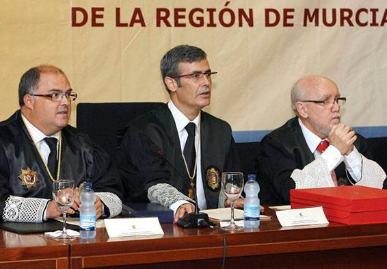 El fiscal General del Estado denuncia amenazas