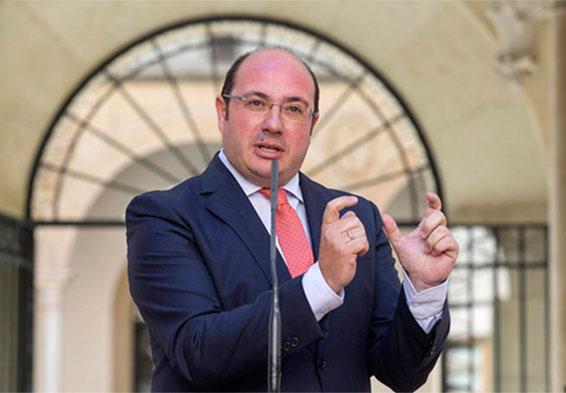 La fiscalía pide dos años de cárcel para el expresidente de Murcia
